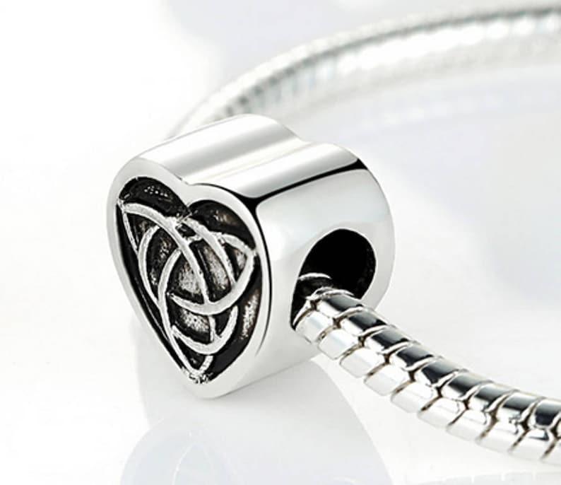 56da70b804ac Corazón de plata encanto abalorios Pandora pulsera colgantes