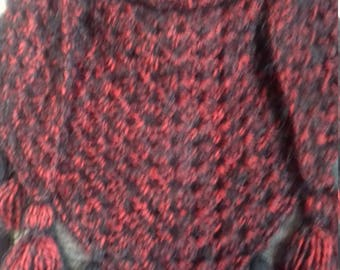 Crocheted shawl or scarf