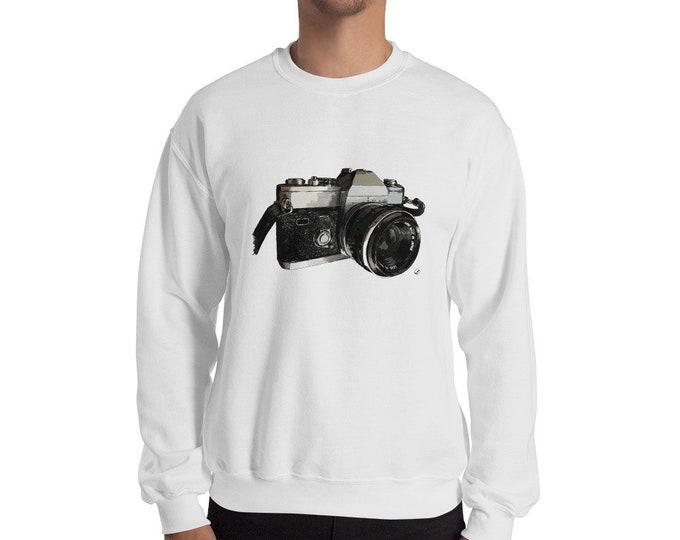 Vintage Camera Sweatshirt | Camera Sweater | Photographer Gift | 35mm Film Gift Photography Photographer Christmas Gift Film Camera Sweater