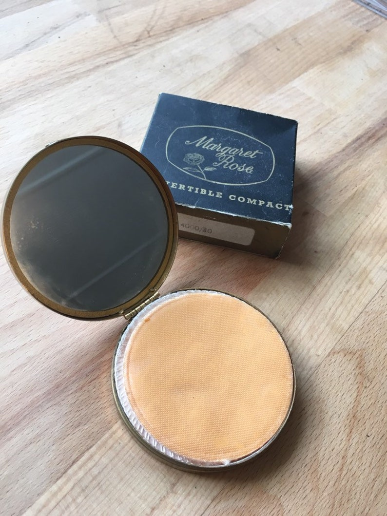 Vintage Margaret Rose convertible powder compact with marcasite bow detail C 1950/'s. Unused in original box