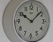Vintage 20cm Smiths Sectric Wall Clock - Retro White Mid Century Cream Bakelite Gift