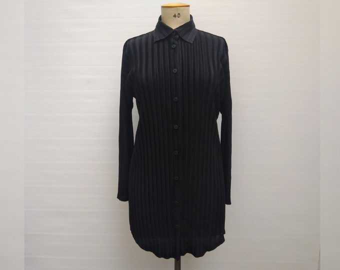 PLEATS PLEASE by Issey Miyake pre-owned black pleated button up tunic blouse