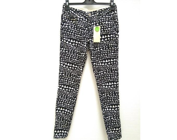 STELLA MCCARTNEY black on white heart print skinny jeans NWT