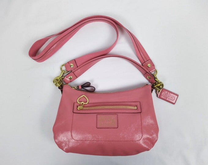 COACH Poppy pre-owned pink crinkled patent leather crossbody bag