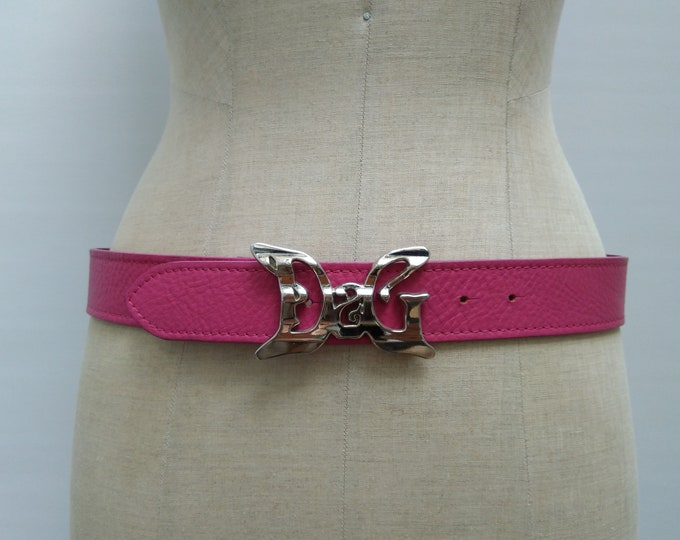 D&G pre-owned pink leather belt with logo buckle