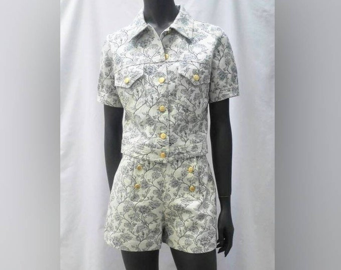 MOSCHINO JEANS vintage 90s off white and dark blue floral cotton shorts suit