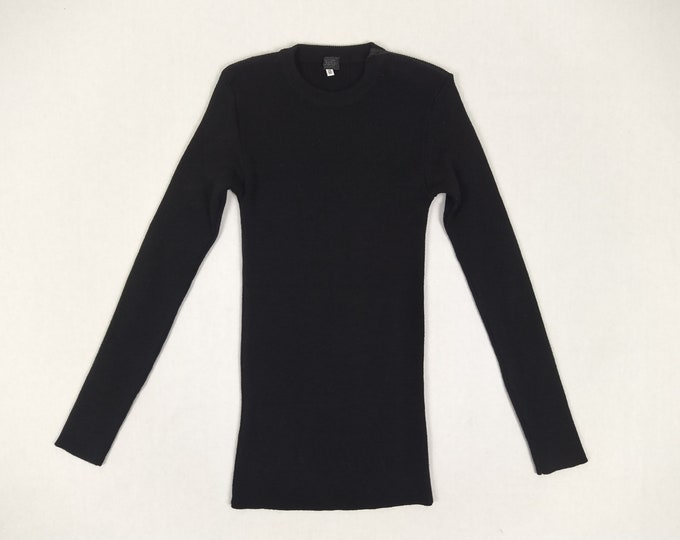 D & G pre-owned men's muscle fit black sweater