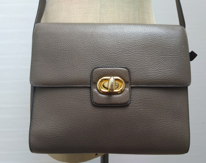 DELVAUX pre-owned taupe leather crossbody bag