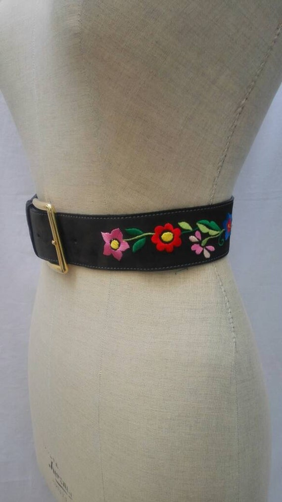 MOSCHINO JEANS vintage 90s flower embroidered belt - image 3