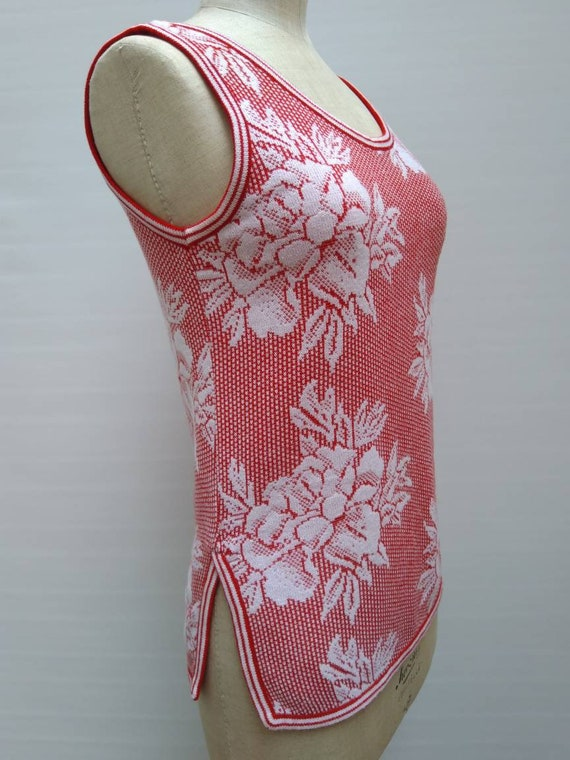 KENZO 70s vintage red and white floral knit sleev… - image 3