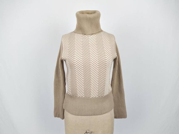 MAX MARA vintage beige and ivory chevron wool turt