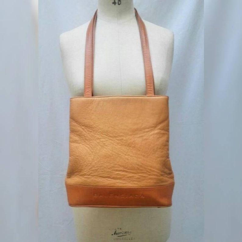 dfc96a5e2389 BALENCIAGA vintage 80s cognac leather tote bag