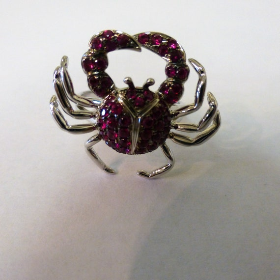 14kt White Gold and Pink Sapphire Zodiac Crab Ring