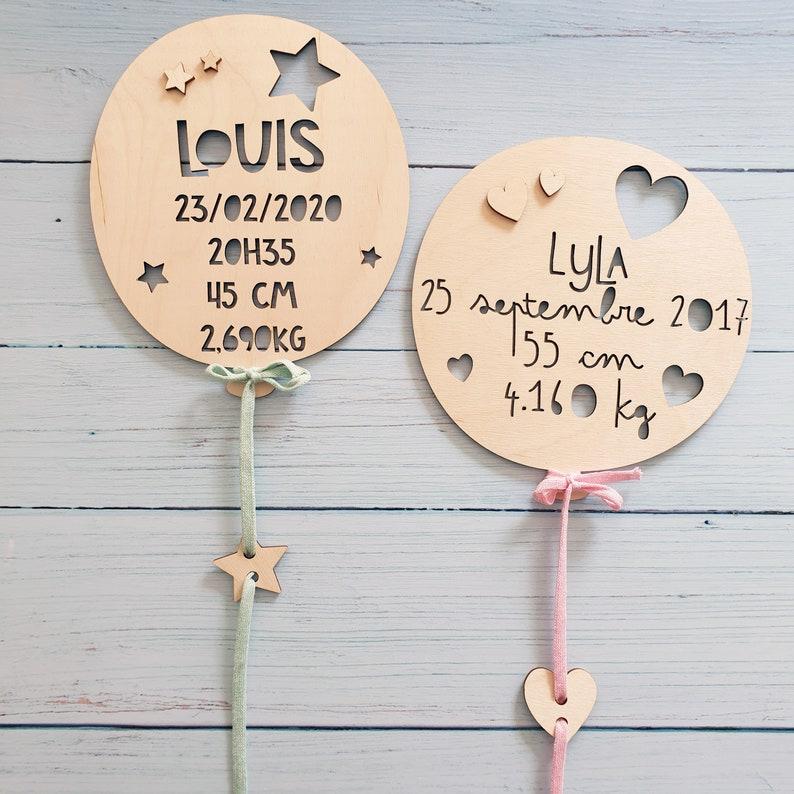 Ballon de naissance en bois personnalisé | Créatrice : Lachouettemauve | Un article du blog : keepcoolnewmom.com