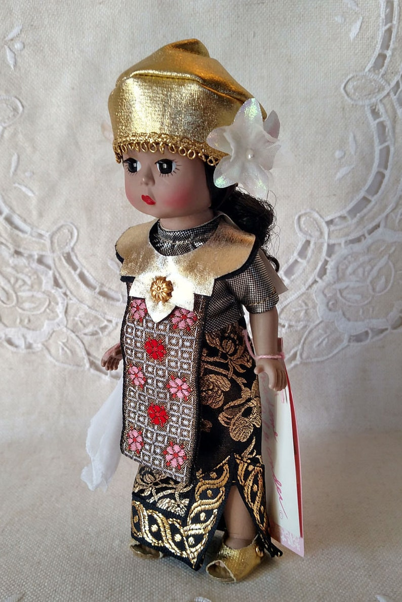 9-12 Inches Vintage Online Discount Madame Alexander Portrettes Dolls With Box And Tags