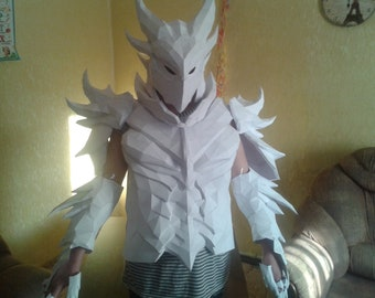 Daedric armor replica  cosplay suit paper model patterns to build your own