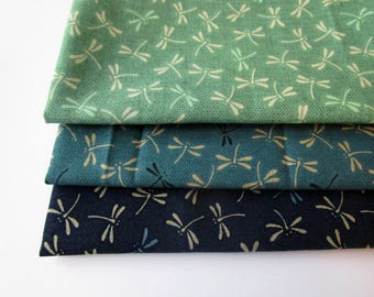 Set of 3 coupons 45 x 35 cm - dragonflies - green and blue shades