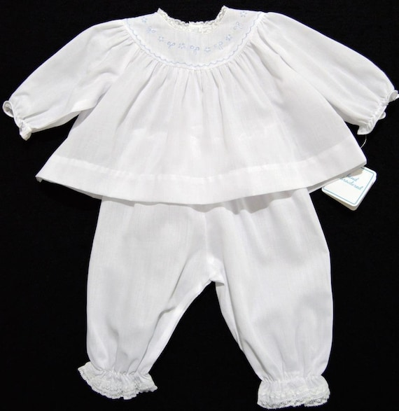 HAND~EMBROIDERED NB//3M SMOCKED WHITE CHRISTENING GOWN SET W//FRENCH LACE~FELTMAN