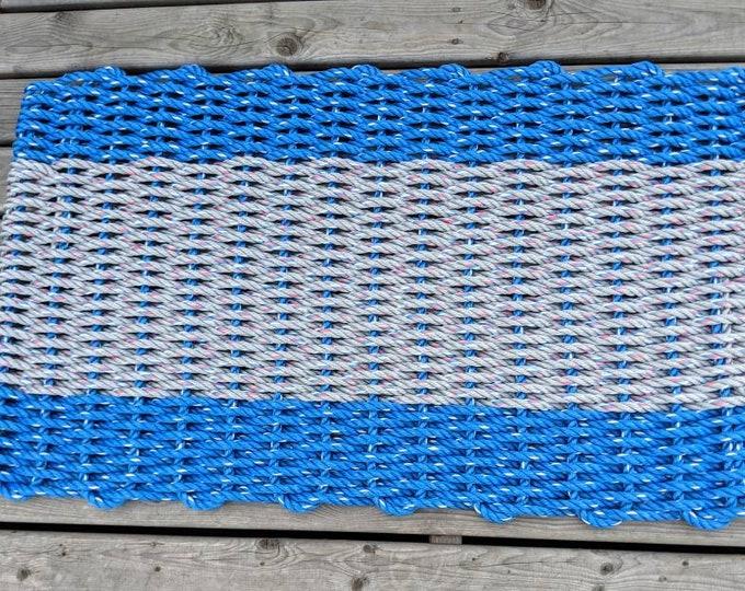 Handwoven Rope Mat - Dark blue / Wide Grey Stripe
