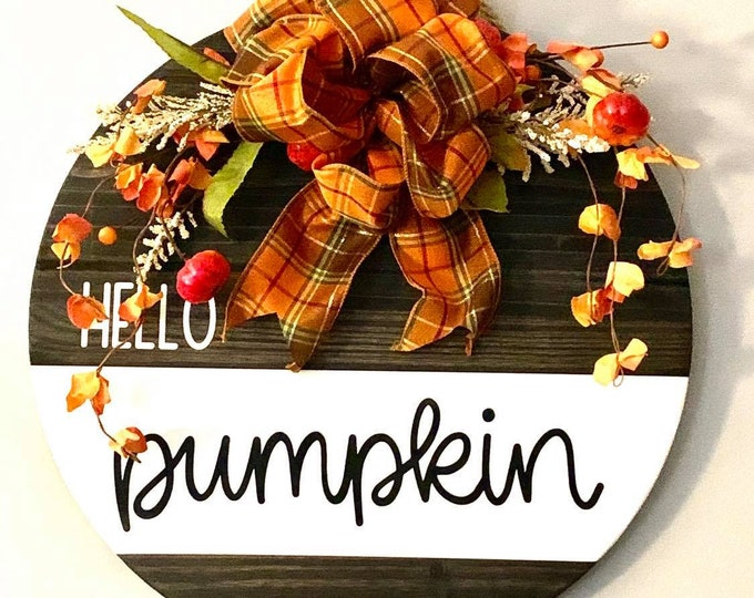 Wooden Door/ Wall Hanger - Hello Pumpkin