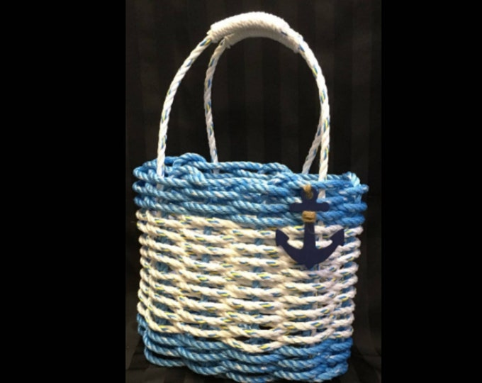 Handwoven Highsided Rope Basket - Ocean Blue / White