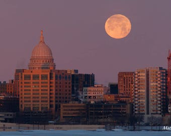 Madison, WI - Wrapped Canvas Print Art - Supermoon Full Moon over State Capitol Building - Wisconsin Lake Photography