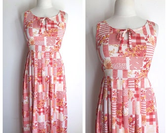 21a84a9288bd2 Peach and White Gingham Plaid Flower Print Empire Tie Waist Garden Maxi.  Holiday Beach Party Flower Child Hippie. Size 6 to 8