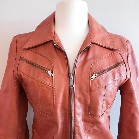 Vintage Leather. Burnt Orange 1970's Distressed Z… - image 3