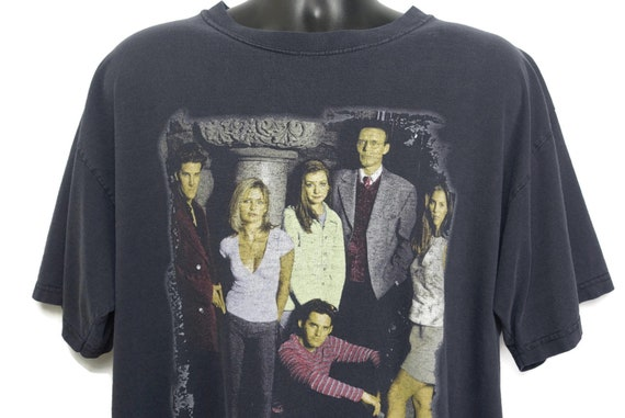 1998 Buffy the Vampire Slayer Vintage T Shirt - Buffy Cast: Angel Willow Oz Xander Cordelia Rupert Original 90s Cult TV Show T-Shirt