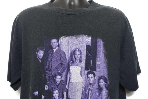 1999 Buffy the Vampire Slayer Vintage T Shirt - Buffy Cast: Angel Willow Oz Xander Cordelia Rupert Original 90s Cult TV Show T-Shirt