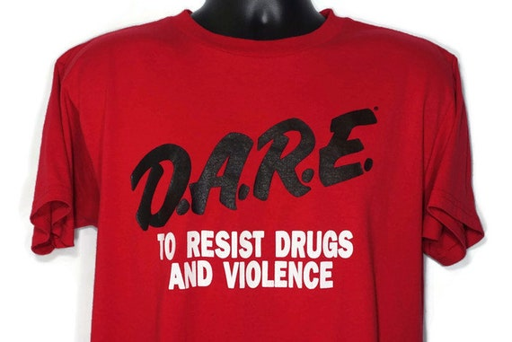 90's D.A.R.E. To Resist Drugs And Violence DARE Drug Abuse Resistance Education Program RED Vintage T-Shirt