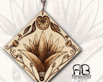 """Small painting or decorative element, in Pirografato wood, subject """"Lotus from the Past"""""""