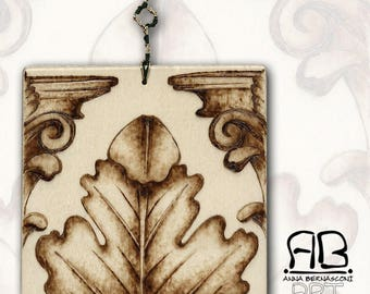 "Small painting or decorative element, in Pirografato wood, subject ""Acanthus from the Past"""