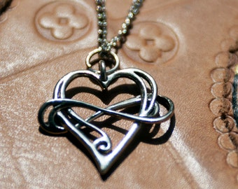 Polyamory pendant. Heart and infinity. Infinity love. Endless love.