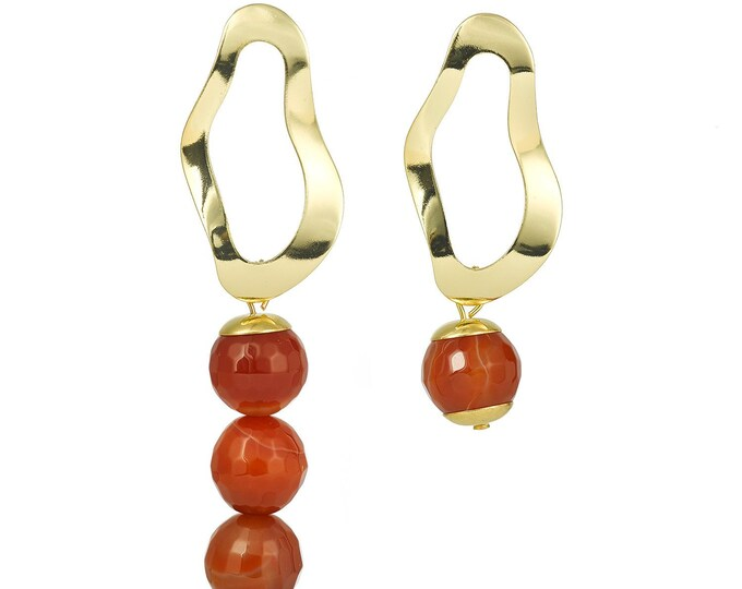 Asymmetrical drop earrings with agate stones