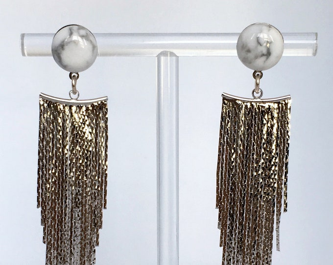 Silver drop earrings Chute in brass and Howlite gemstone.