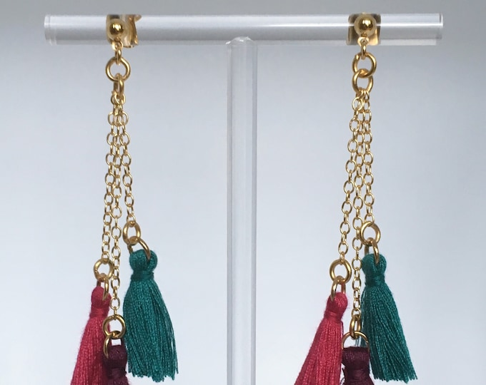 Tassel earrings, Earrings in brass, burgundy, pink and green tassels