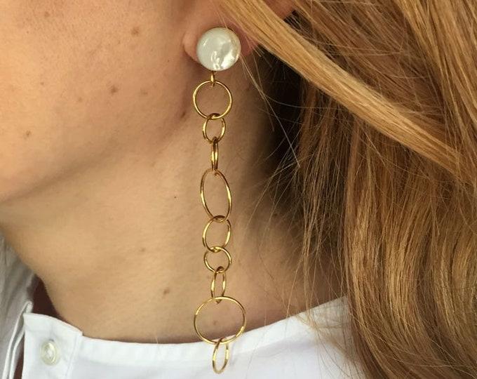 Mother of pearl long golden Bubble earrings