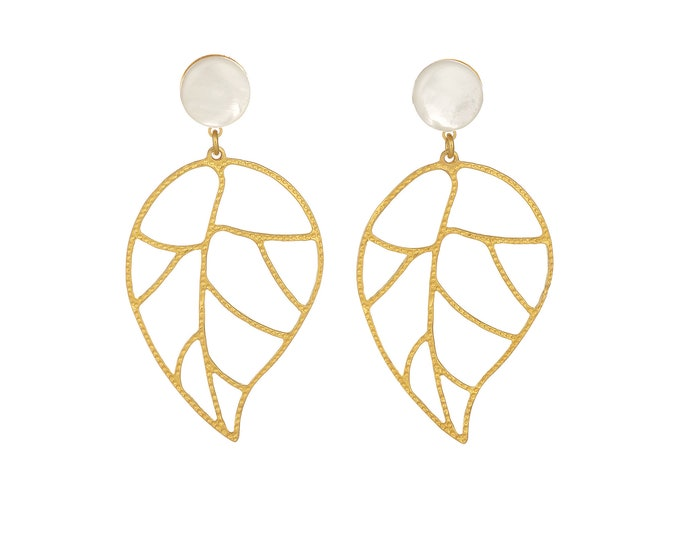 Florence golden and mother of pearl earrings