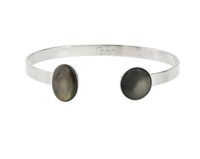 Silver bangle bracelet and grey mother of pearl gemstone