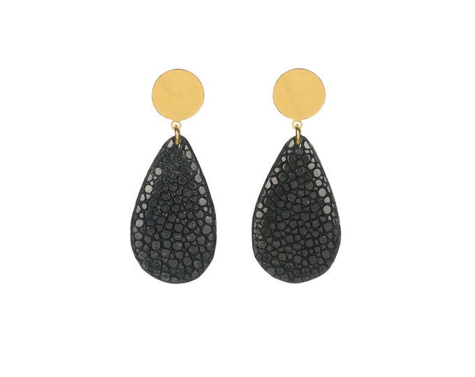 Black stingray leather Gema earrings