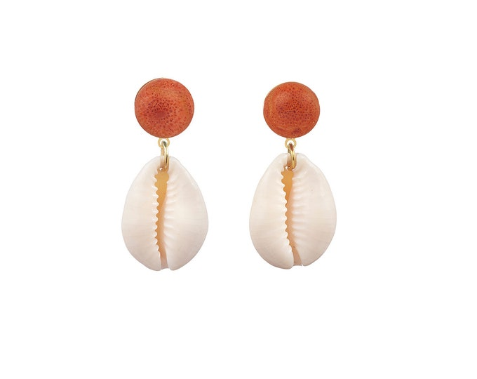 Cowrie shell Oceane and coral stones