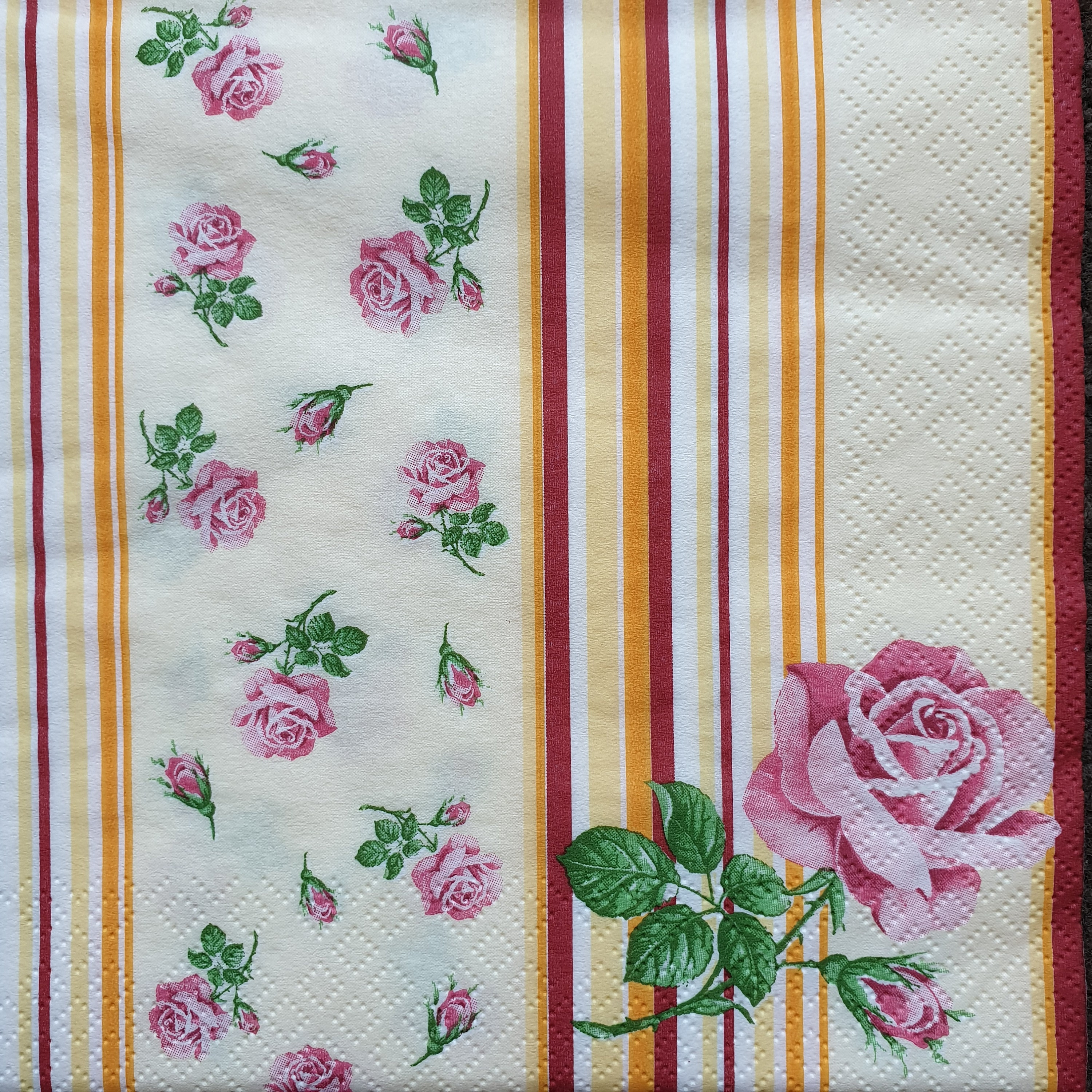 3-ply Pack of 4 Individual Napkins Embroidery Flowers Rose 4 Paper Napkins for Decoupage 33 x 33cm