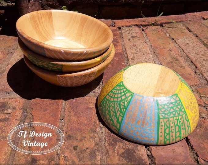 Hand thrown bowls, Candy bowls, Decorative wood bowl, Set of 4 small bowls, Wood turned bowls, Hand painted original bowls, Centrepiece bowl