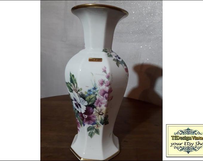 Porcelain Vase White, Porcelain vase flowers, Porcelain vase design, White porcelain vase, Porcelain vase gift, Vintage porcelain vase 26 cm