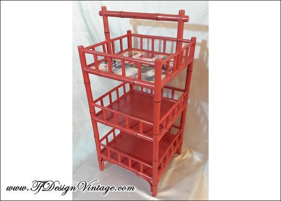 Mueble auxiliar rojo, Mueble auxiliar estilo oriental, Estantería de suelo, Mueble expositor baño, Mesa rinconera con baldas, Mueble rojo