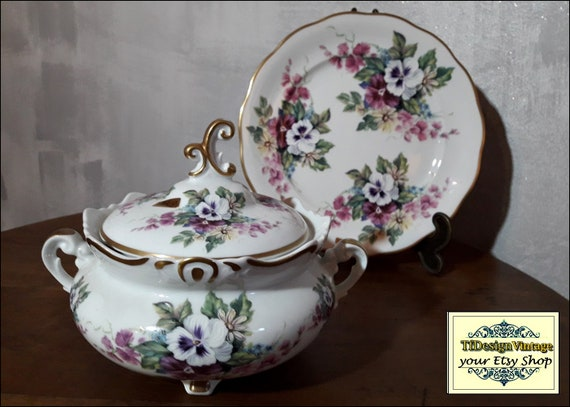 Tureen soup set, Soup tureen dinnerware, Soup tureen white and violet, Classic tureen soup bases, Soup tureen centrepiece, NEVER USED!!!