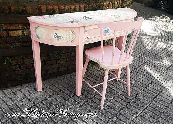 Mesa consola y silla, Mesa pintada a mano, Mueble consola estilo Shabby chic, Conjunto de mesa y silla, Muebles en rosa, Muebles de niña