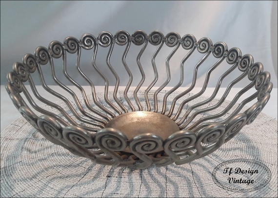 Centrepiece bowl, Pewter centrepiece bowl, Ethnic centrepiece bowl, Pewter fruit bowl, Fruit bowl centrepiece, Centrepiece for home gift