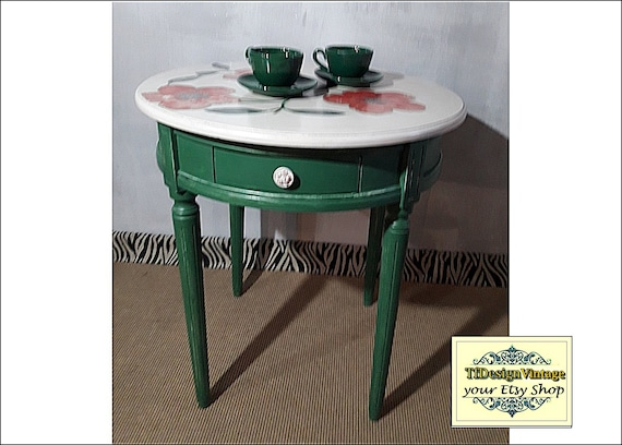 Hand painted table, Round wood coffee table, Round wood end table, 65 cm round Wooden Table, Round wood table, Round wood table green